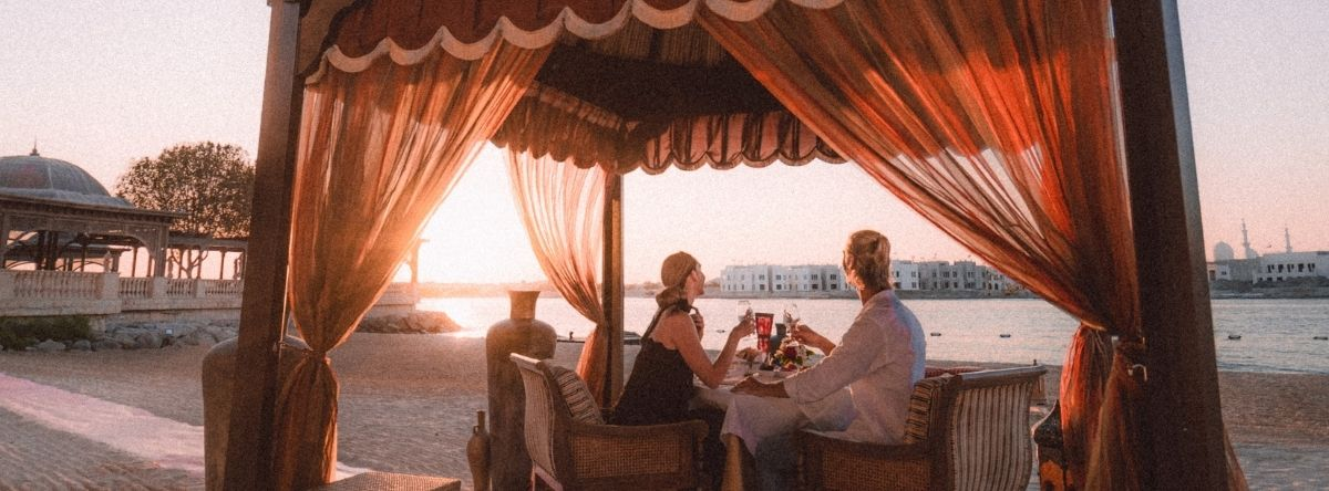 A Romantic Beachfront Dining @ Shangri-La Hotel